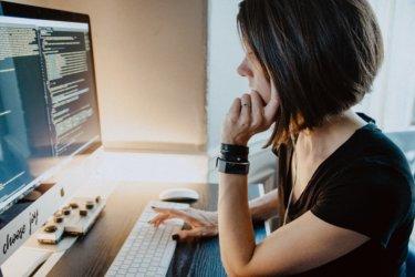 プログラミング言語「Python」の人気が止まらない理由